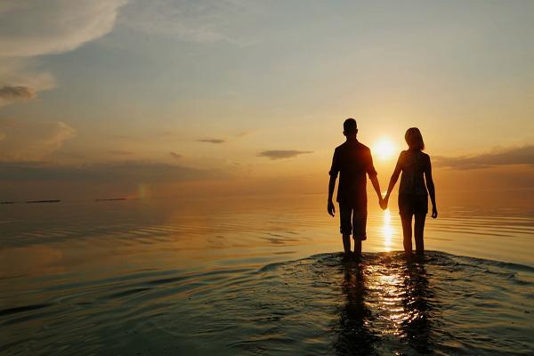 Verso l' Amore Evolutivo: Crescere Insieme nell' Intimità